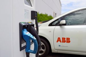 ลักษณะของ ABB EV Charging เมื่อมีรถเข้ามาชาร์จไฟ